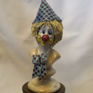 Accents - Clown Statue on Pedestal